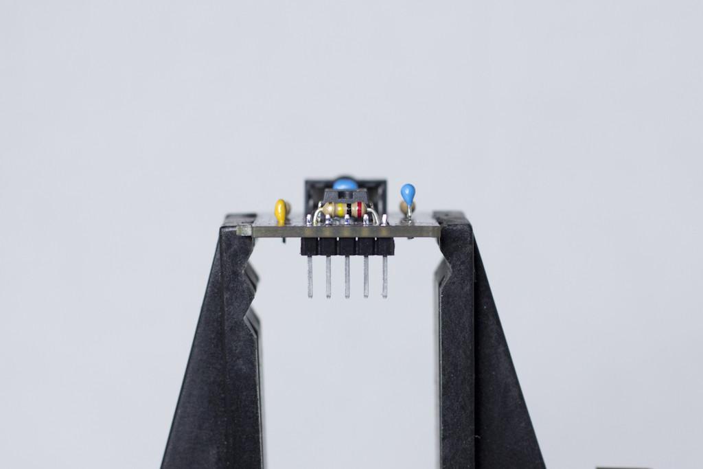 MSGEQ7 Assembled - Header Side View